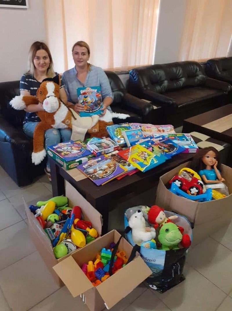 O grădiniță din județul Botoșani a primit donații strânse de către polițista de frontieră din Dorohoi
