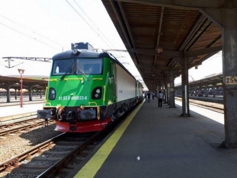 O locomotivă românească blindată a fost exportată în Suedia. Ce are special