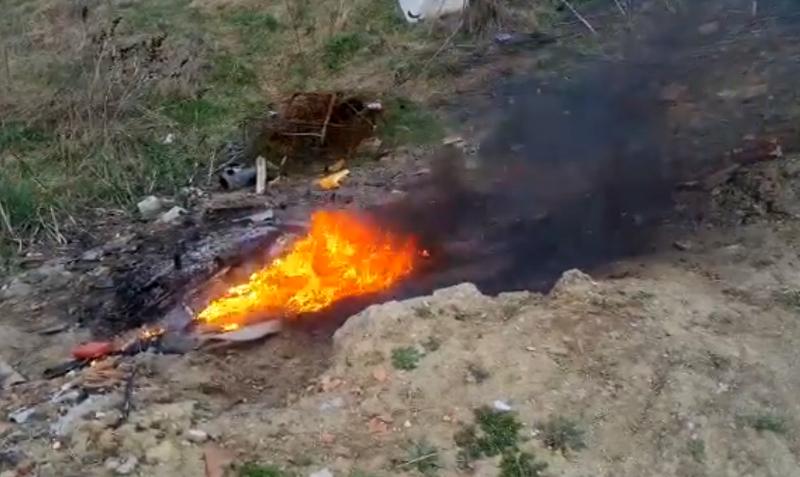 O nouă amendă dată de Garda de Mediu de la Botoșani: 3000 de lei pentru arderea de deșeuri reciclabile