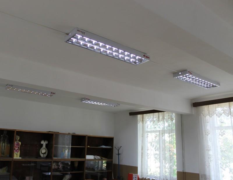 O școală din județ are sistem de iluminat modern, finanțat de E.ON România
