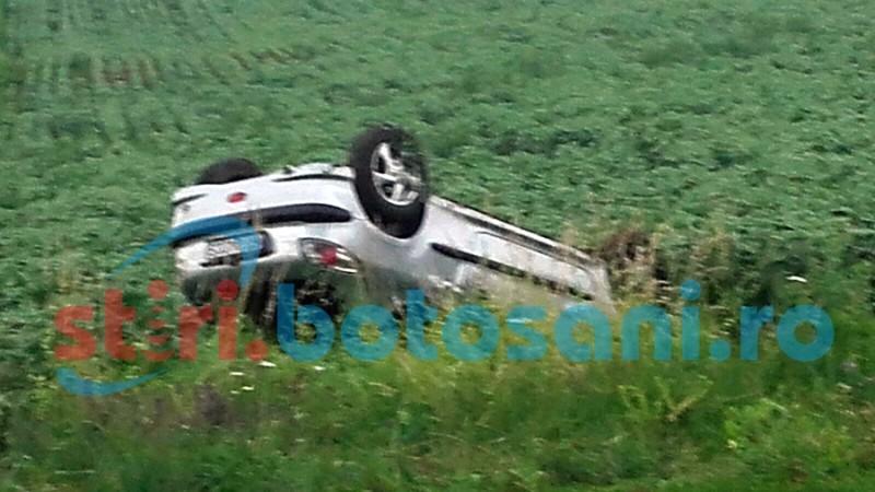 O soferita s-a dat peste cap cu masina, pe drumul Botosani - Dorohoi! FOTO