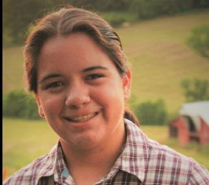 O tânără din Botoşani, adoptată în America, îşi caută mama