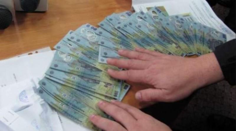 Oameni de afaceri din Botoşani, acuzaţi de spălare bani, achitaţi după ce faptele s-au prescris