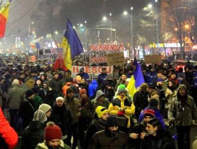 Protest masiv in Bucuresti si in tara impotriva gratierii si amnistierii penalilor. VIDEO