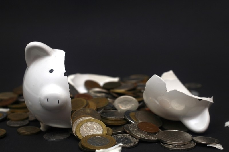 OFICIAL Consumatorii casnici vor suporta integral achitarea contribuției de 2% pe cifra de afaceri a companiilor distribuitoare de energie!