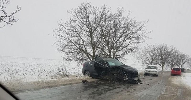 Om de afaceri implicat într-un accident rutier cu un BMW X6 -FOTO!