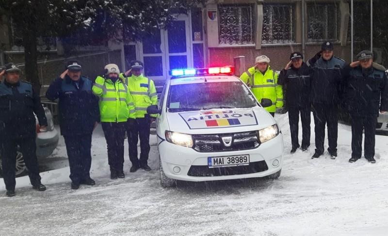 Omagiu adus de poliţiştii din Botoşani colegului ucis