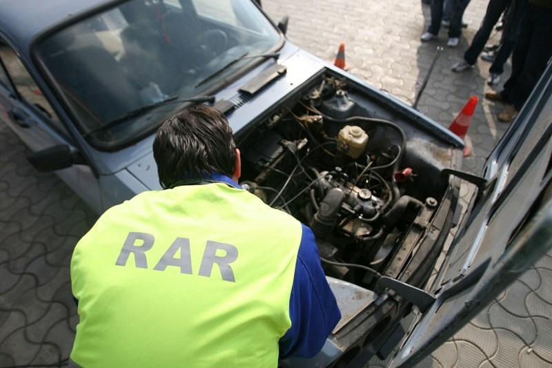 Omologarea autovehiculelor botoşănenilor, posibilă la orice RAR din ţară unde programările sunt mai rapide