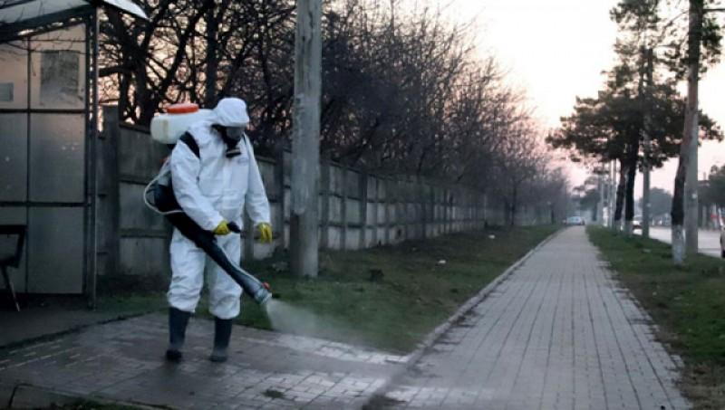 OMS: Pulverizarea de soluții dezinfectante pe străzi poate fi periculoasă pentru sănătate și nu elimină coronavirusul