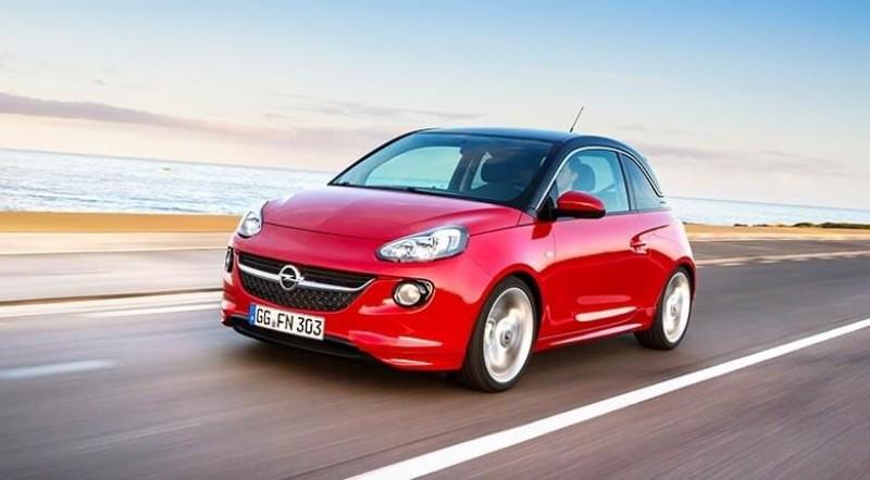 Opel recheamă în service două modele