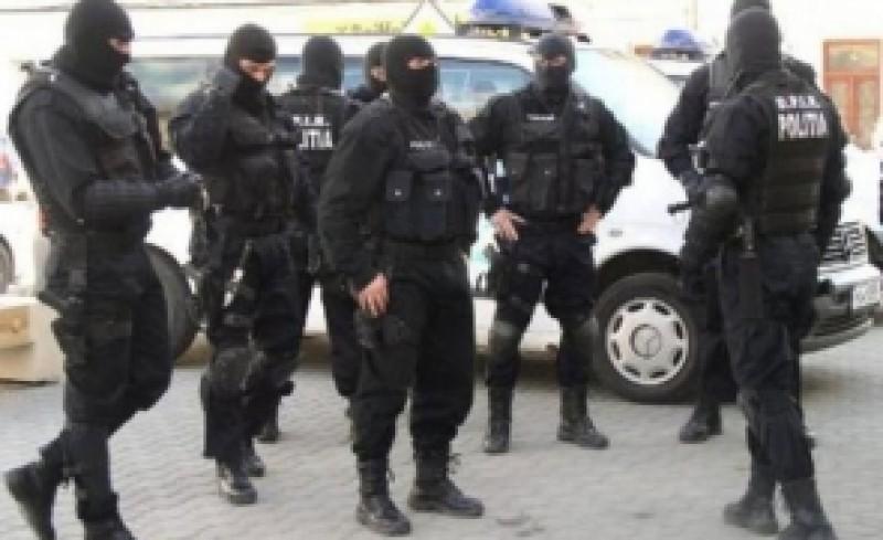 """Operațiunea """"Ziua Z"""" - 238 de percheziții în Botoșani și 27 de județe din țară!"""