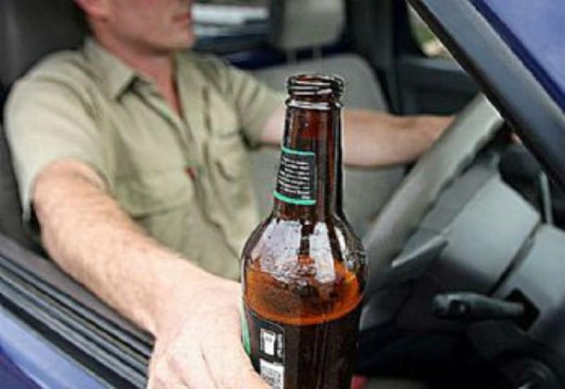 Opriți la timp! Șoferi aproape de comă alcoolică, trași pe dreapta înainte de a produce nenorociri în trafic!