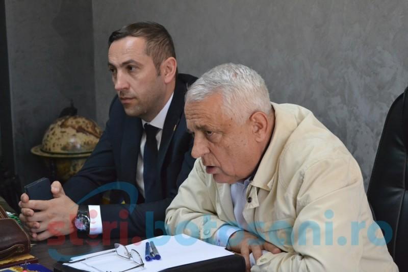 """Oră de """"dirigenţie"""" politică ţinută de ministrul Petre Daea cu şefii de deconcentrate FOTO"""