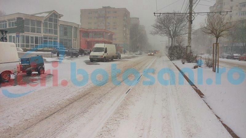 Șoferi nemulțumiți de cum arată străzile din municipiul Botoșani! FOTO