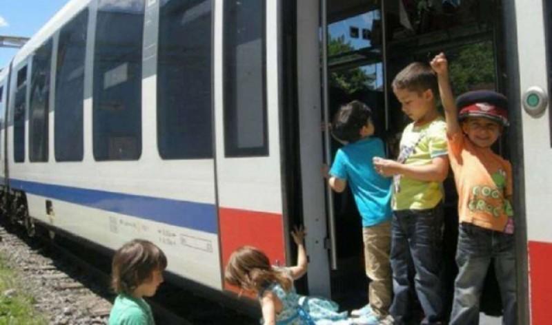 Ordonanța care bloca accesul gratuit al copiilor în trenurile CFR va fi anulată