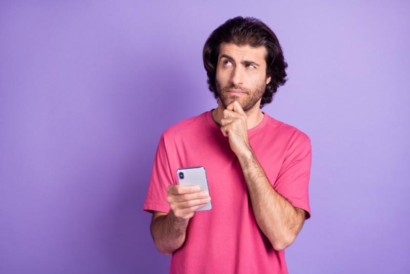 (P) Ce să verifici la un telefon second hand înainte să îl cumperi?