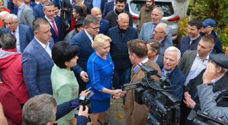 """(P) Comunicat PSD. Doina Federovici: """"Le mulțumim botoșănenilor pentru încrederea acordată! Mai avem nevoie de un vot pentru a face schimbarea! Viorica Dăncilă, un președinte aproape de oameni!"""""""