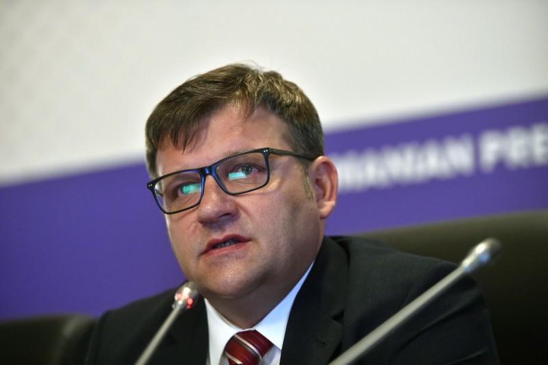 """(P) Comunicat PSD: Marius Budăi: """"Iohannis a fugit 5 ani de zile de botoșăneni! Acum fuge de orice dezbatere în fața botoșănenilor și a tuturor românilor pe care prin Constituție îi reprezintă!"""""""