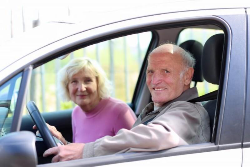Până la ce vârstă putem conduce un autovehicul?
