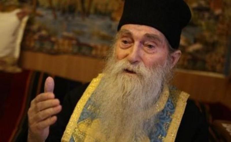 """Părintele Arsenie Papacioc: """"Intelectualului nu i se cere să facă mii de metanii"""""""