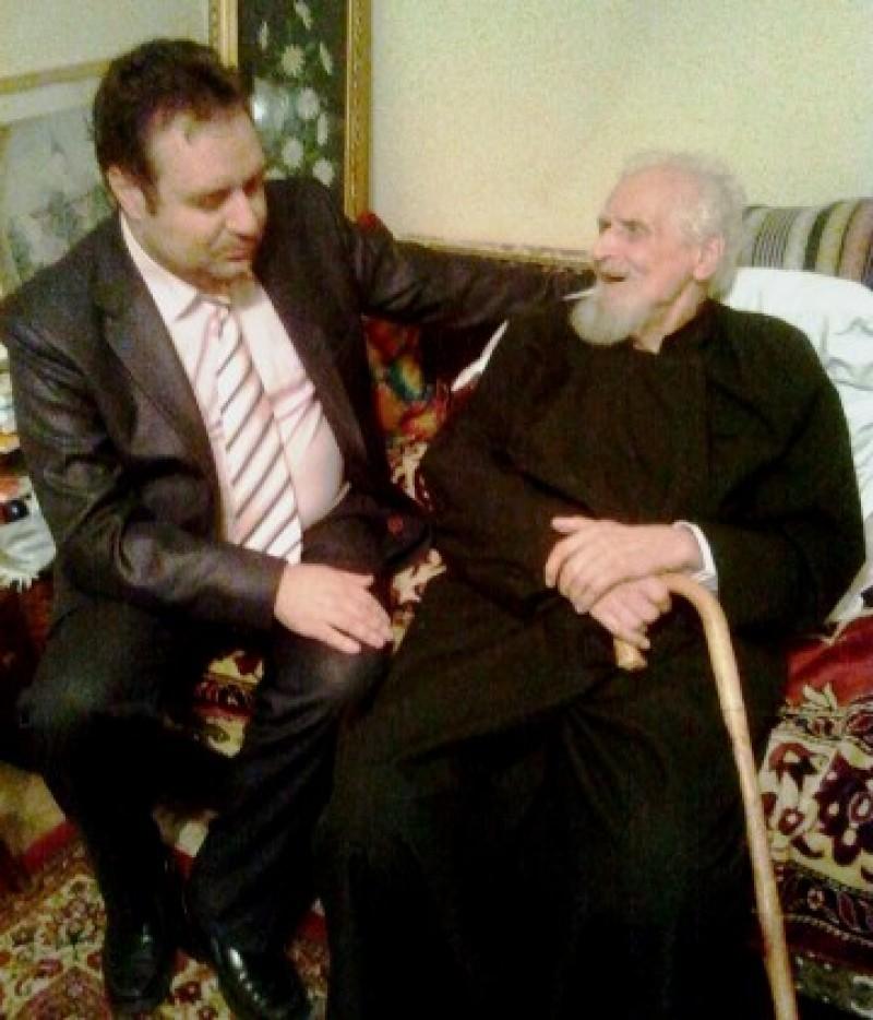 """Părintele Ion Cârciuleanu: """"Despre patriarhul Teoctist nu poţi vorbi decât stând în picioare"""""""