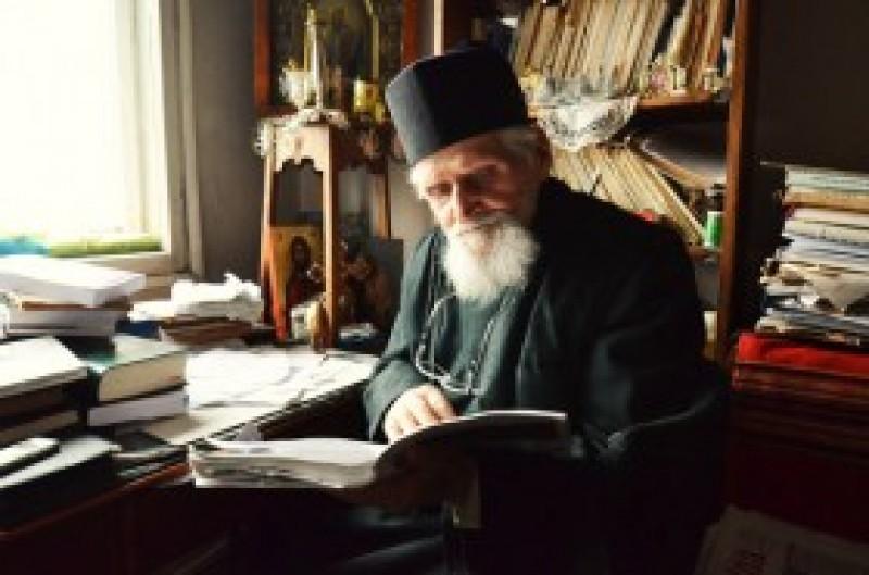 Părintele ION CÂRCIULEANU împlinește 97 de ani: Dumnezeu să îl țină sănătos!