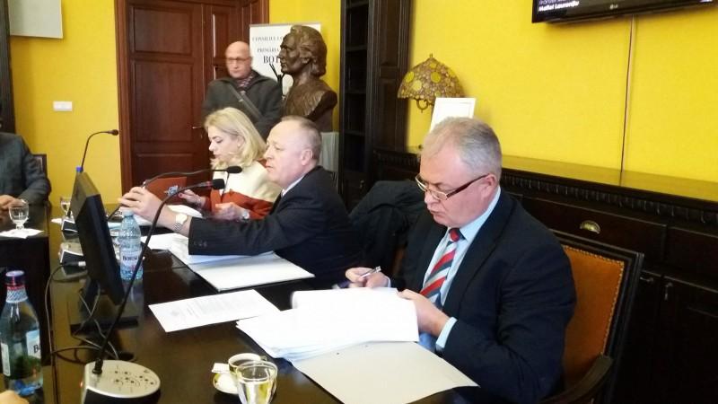Spirite încinse în Consiliul Local de la datoriile PNL pentru sediu