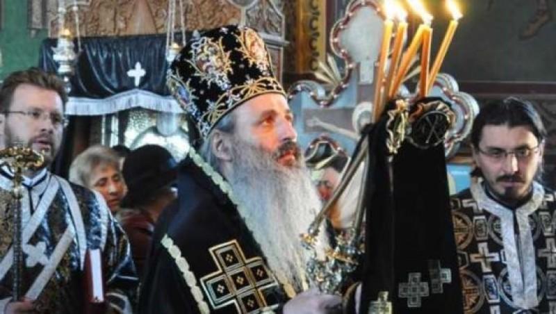 """Pastorala de Pasti a IPS Teofan: """"Liturghia, intre permanentizarea Invierii si rutina distrugatoare de viata"""""""