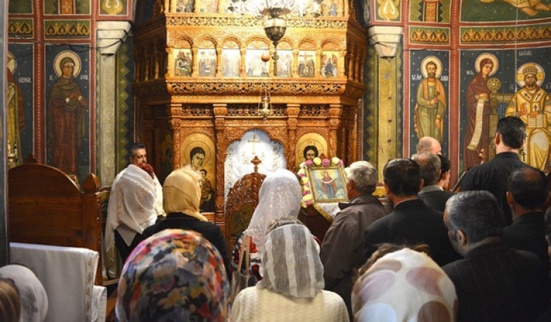 Patriarhia Română cere revenirea grabnică la oficierea slujbelor religioase în interiorul lăcașurilor de cult
