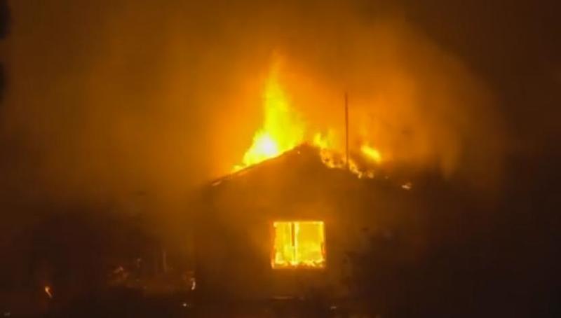 Patriarhia Română donează Bisericii Ortodoxe a Greciei 300.000 de euro pentru victimele incendiilor din această vară