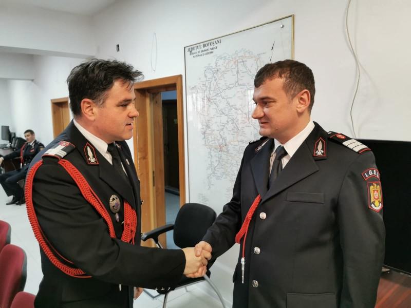 Patru pompieri de la Botoșani, avansați astăzi în grad pentru rezultate foarte bune