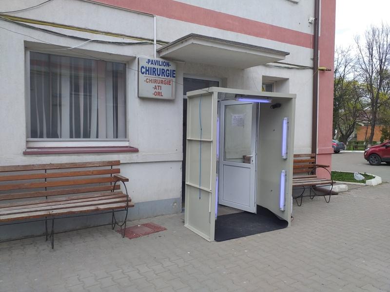 Patru tuneluri de dezinfecţie instalate în Spitalul Municipal Dorohoi, exclusiv din donaţii