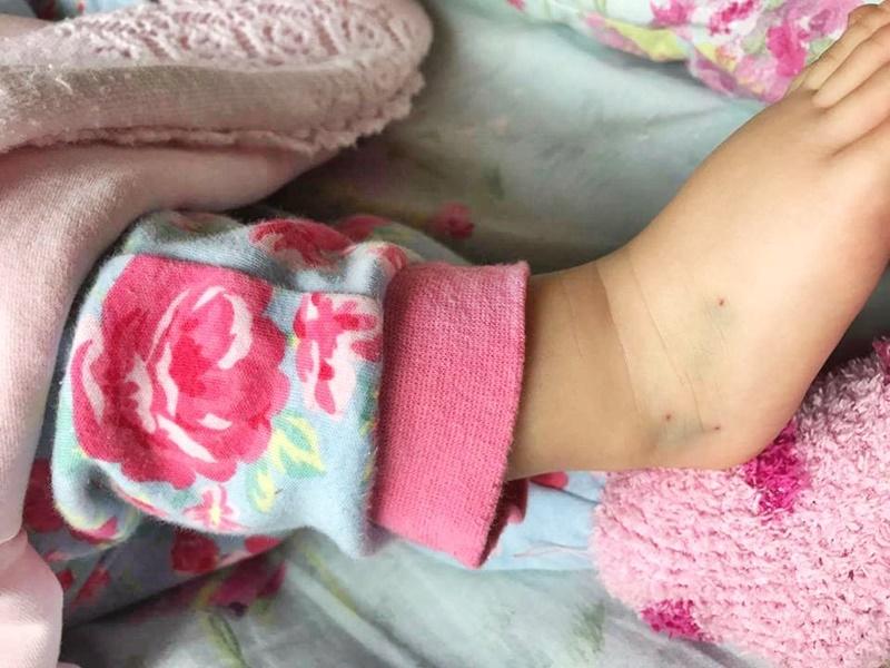 Sancțiuni în cazul copilului înțepat de mai multe ori, la Secția de Pediatrie!