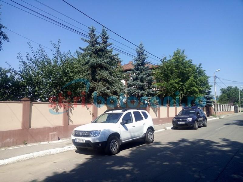Percheziții DNA la locuința prim-procurorului Parchetului de pe lângă Tribunalul Botoșani! FOTO