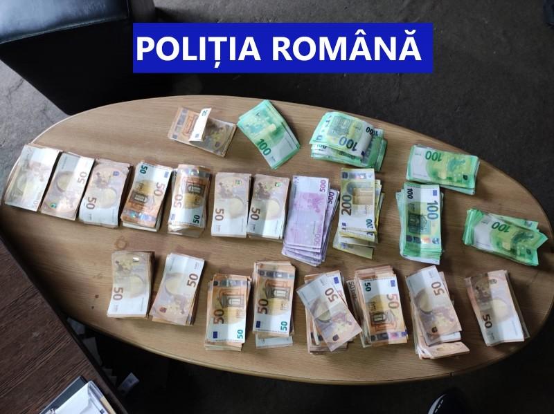 Percheziții în 32 de locații din Botoșani într-un dosar de contrabandă cu țigări
