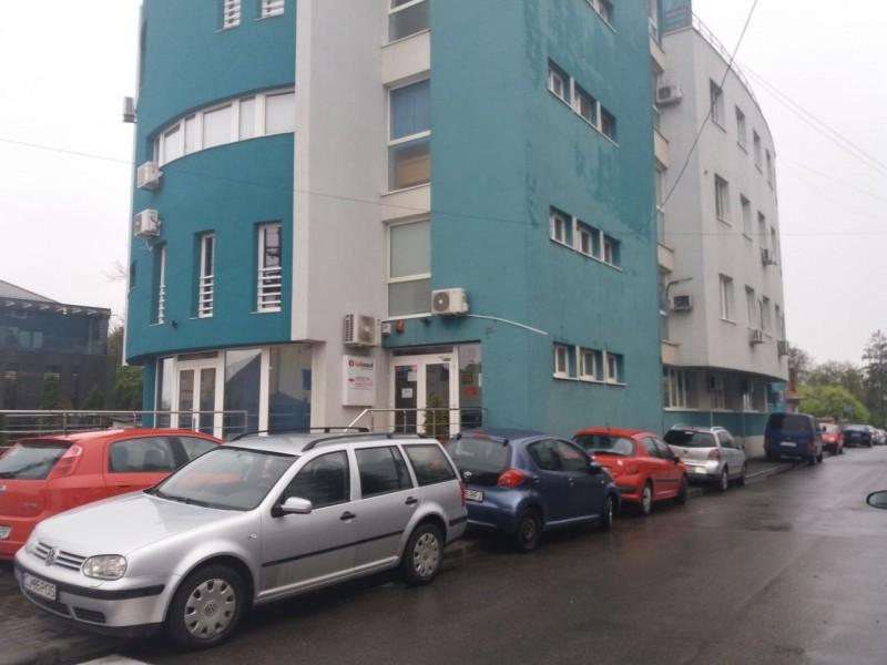 Percheziții la o clinică renumită! Este vizat un medic căruia Botoșaniul i-a acordat titlul de Cetățean de Onoare!