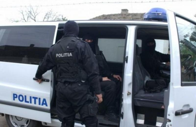 Percheziții la Pomârla: Reținuți în Arestul IPJ, vor fi cercetați pentru tâlhărie!