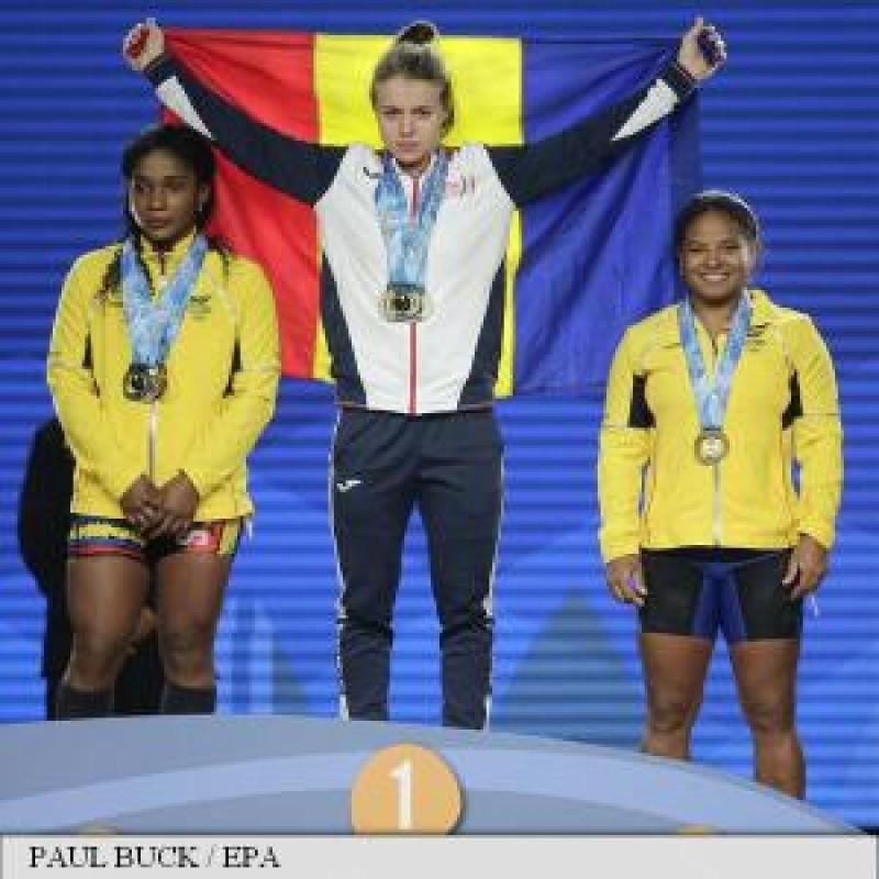 Performanță URIAȘĂ a unei botoșănence: 3 medalii de AUR la Mondialele de haltere, într-o singură zi!