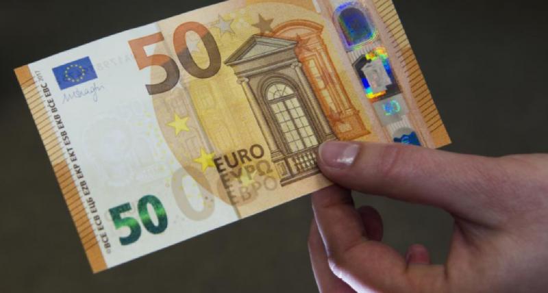 Perchezitii DIICOT la falsificatori de bancnote! Trei persoane vor fi aduse la audieri!
