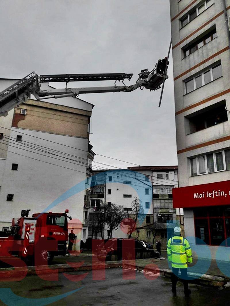 Pericol pe o stradă din Botoșani! FOTO