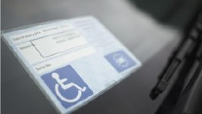 Persoanele cu dizabilități și însoțitorii acestora scapă de plata rovinietei