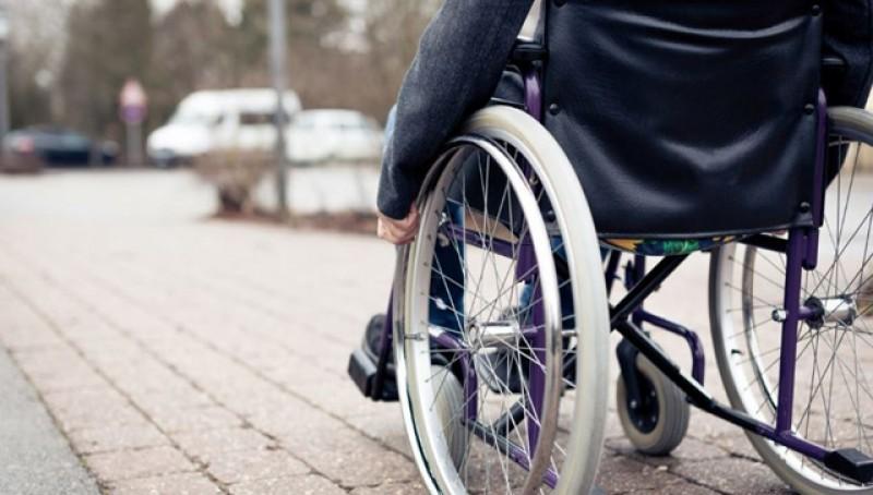 Persoanele cu handicap vor putea ieși la pensie mai devreme: bărbații la 50 de ani, iar femeile la 48!