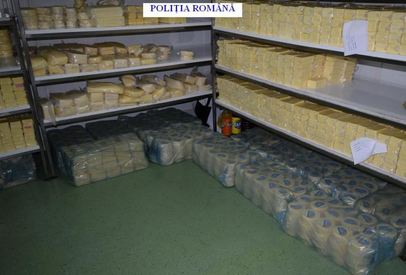 Peste 1300 kg de cașcaval, confiscat de polițiștii botoșăneni de la o societate! FOTO