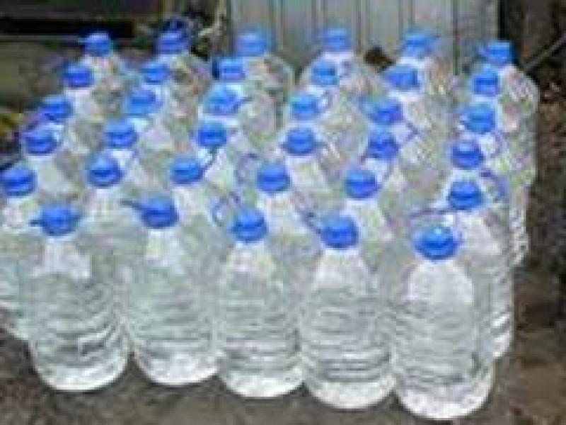 Peste 14 tone de băutură spirtoasă confiscate de la o societate din Botosani!