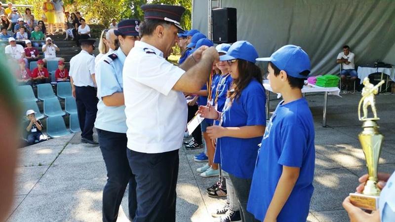 Peste 300 de elevi botoșăneni vor fi instruiți de pompieri în cadrul școlii de vară în domeniul situațiilor de urgență