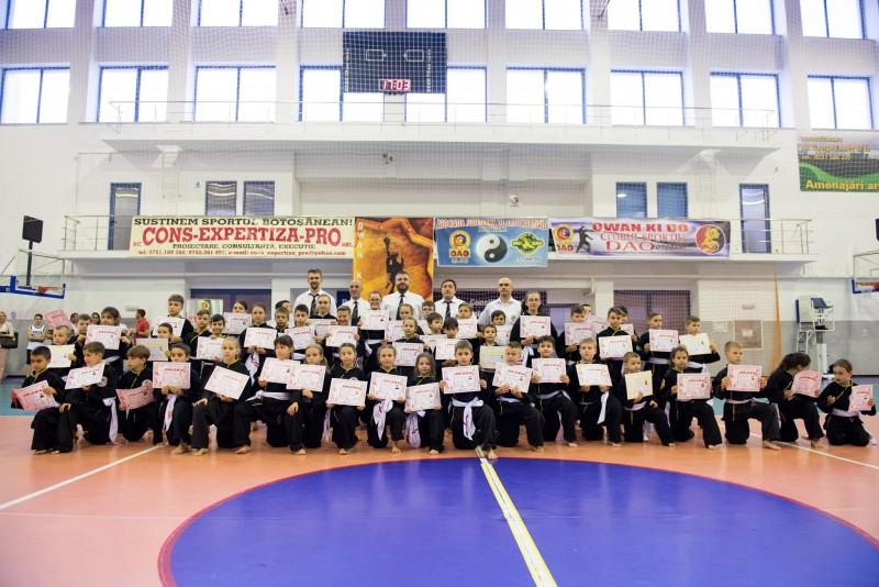 Peste 60 de practicanti de Qwan Ki Do au dat examenul de grad! FOTO