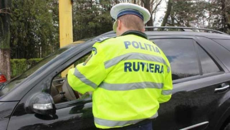 Peste 600 de amenzi și 55 de permise reținute de polițiștii de la Botoșani doar săptămâna trecută