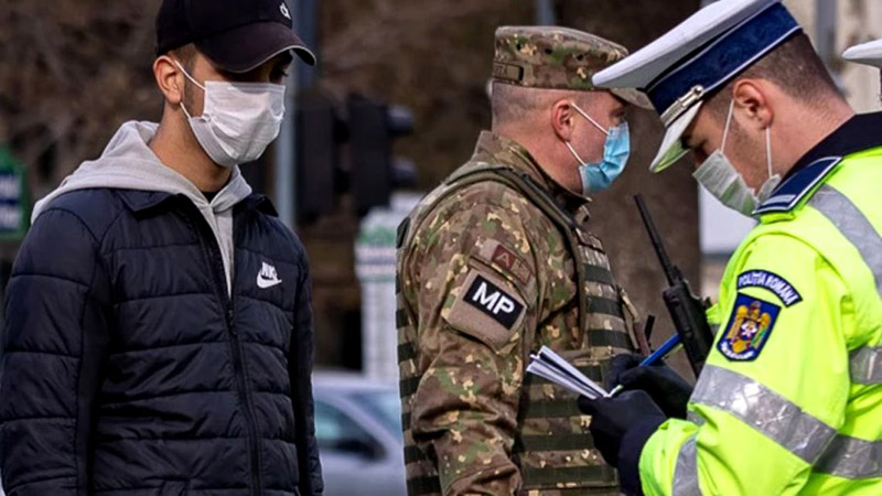 Peste 70 de sancțiuni aplicate în ultimele 24 de ore la Botoșani persoanelor care nu purtau mască de protecție