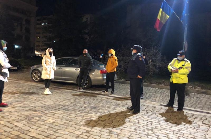 Piața Revoluției, ora 17.00: Botoșănenii ies la proteste față de restricțiile Guvernului