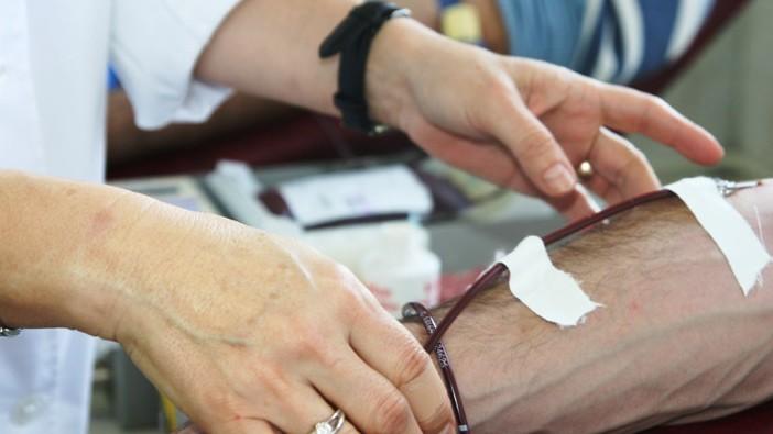 Pic cu pic se salvează vieţi! Botoşăneni curajoşi deveniţi donatori de sânge